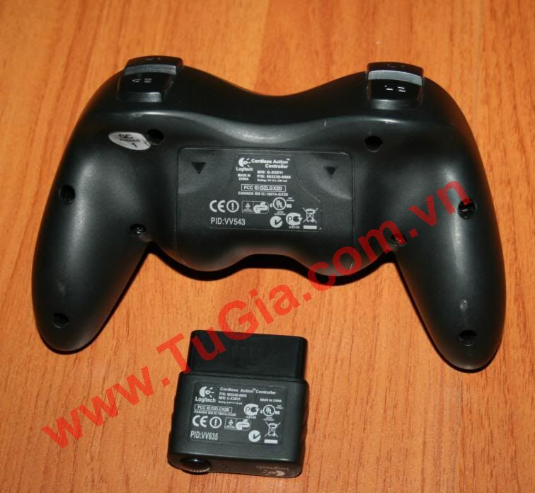 PS2 Logitech 2.4G Wireless Pad
