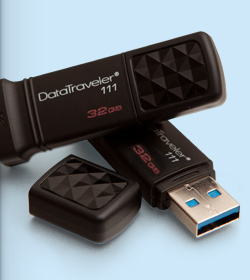 USB KINGSTON DATA TRAVELER  DT111  (USB3.0) 32gb